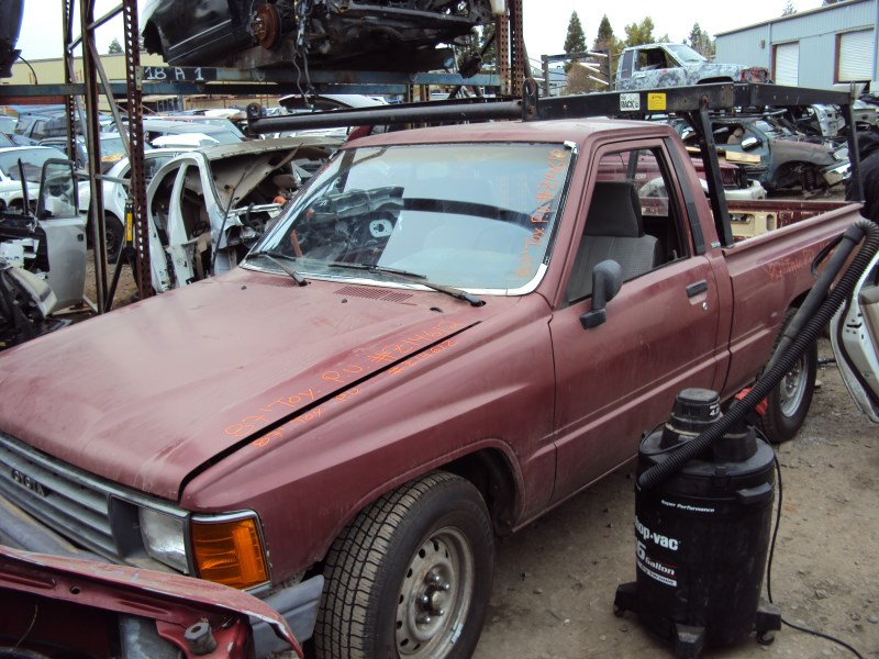 1987 Toyota Pick Up Std Model Regular Cab 2 4l Carburetor