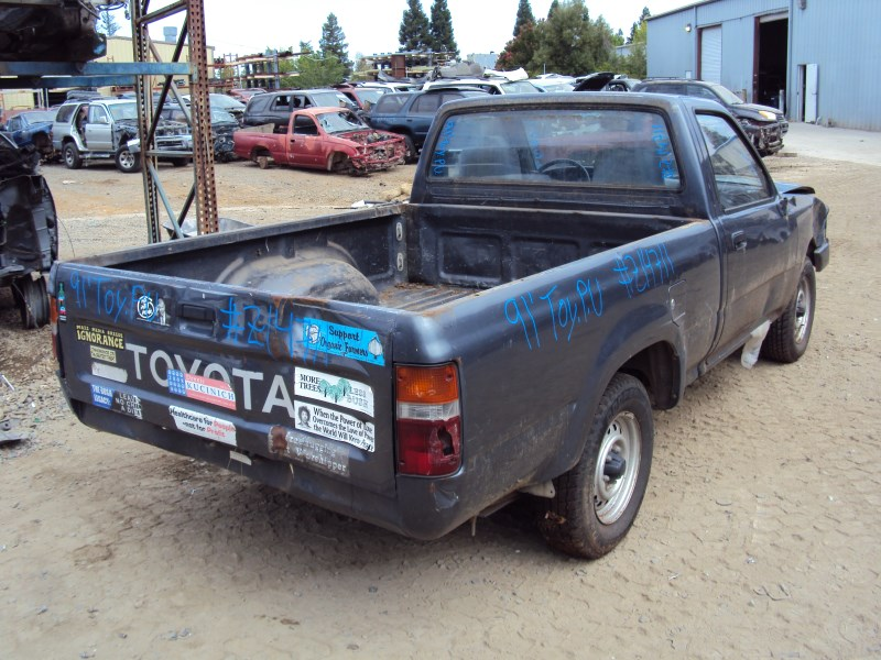 1991 TOYOTA PICK UP TRUCK STD MODEL REGULAR CAB SHORT BED