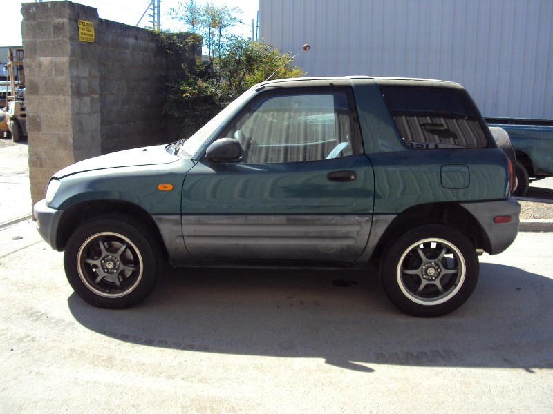 1996 toyota rav4 2 door suv 2 0l mt awd color green z13471. Black Bedroom Furniture Sets. Home Design Ideas