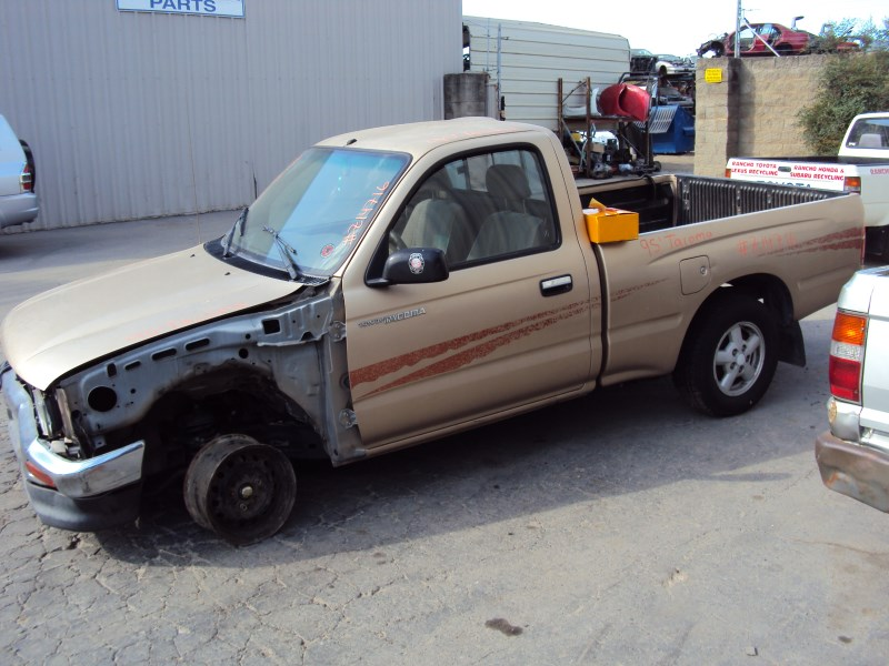 1995 TOYOTA TACOMA PICK UP REGULAR CAB SHORT BED DLX MODEL