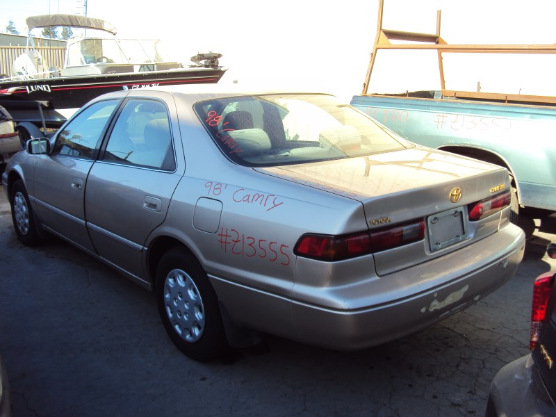 1998 toyota camry 4 door sedan le model 2 2l at fwd color. Black Bedroom Furniture Sets. Home Design Ideas