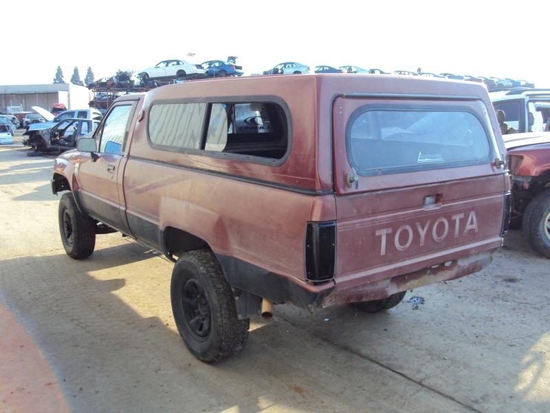 1988 TOYOTA TRUCK DELUXE MODEL REGULAR CAB LONG BED 30L V6 AT 4X4 COLOR RED