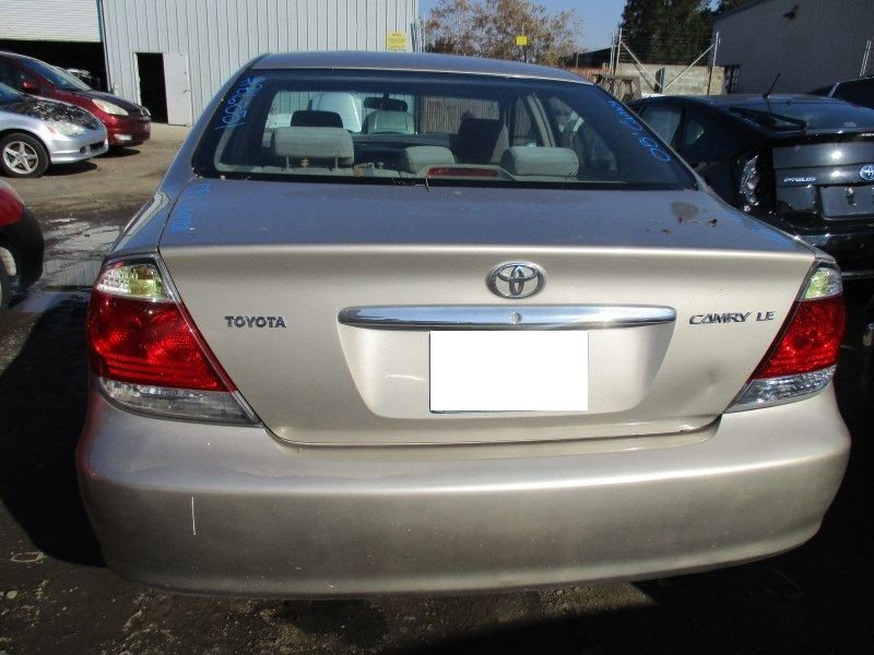 2005 Toyota Camry Le Tan 2 4l At Z16551