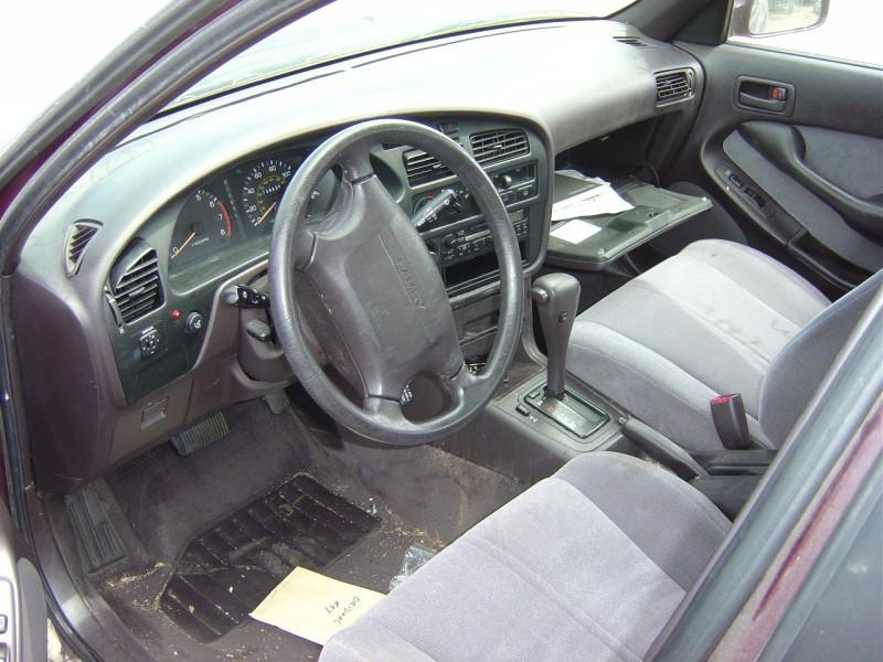 1982 Toyota Pick Up Regular Cab 2 4l Carburetor Mt 4x4 Color Red Stk Z12229
