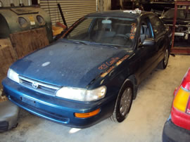 1993 TOYOTA COROLLA 4 DOOR SEDAN STD MODEL 1.6L AT 3 SPEED COLOR GREEN Z14602