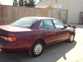 1992 TOYOTA CAMRY 4 DOOR SEDAN DX MODEL 2.2L AT FWD COLOR RED Z14671