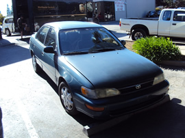1995 TOYOTA COROLLA 4 DOOR SEDAN DX MODEL 1.8L AT FWD COLOR GREEN STK Z13422