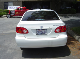 2004 Toyota corolla door white