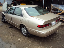 1997 TOYOTA CAMRY 4CYL, COLOR GOLD