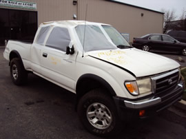 1999 TOYOTA TACOMA EXTRA CAB, TRD PACKAGE, V6 , AUTOMATIC TRANSMISSION, COLOR WHITE, STK#T10281