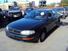 1994 TOYOTA CAMRY 4 DOOR SEDAN LE MODEL 2.2L AT CALIFORNIA EMISSIONS  FWD COLOR GREEN STK Z12326