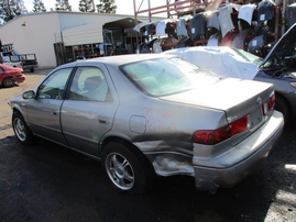 2000 TOYOTA CAMRY LE GRAY 3.0L AT Z17624
