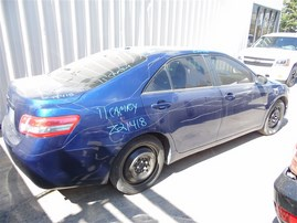 2011 TOYOTA CAMRY LE BLUE 2.5 AT Z21418