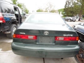 1999 TOYOTA CAMRY LE GREEN 2.2L AT Z17692