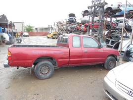 1996 TOYOTA TACOMA BURGUNDY XTRA 2.4L AT 2WD Z17697