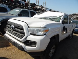 2017 TOYOTA TACOMA SR5 WHITE XTRA CAB 2.7L AT 2WD Z18200
