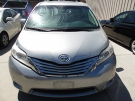 2012 TOYOTA SIENNA LIMITED SILVER AWD 3.5 AT Z19582