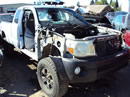 2005 TOYOTA TACOMA ACCESS CAB PRE-RUNNER MODEL WITH TRD 4.0L V6 AT 4X4 COLOR SILVER Z14637