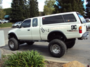 1998 TOYOTA TACOMA XTRA CAB DELUXE MODEL WITH TRD PACKAGE 3.4L V6 MT 4X4 WITH REAR DIFF LOCK COLOR WHITE STK Z13413