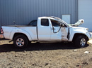 2005 TOYOTA TACOMA 4 DOOR EXTENDED CAB SHORT BED  PRE-RUNNER 4.0L AT 2WD COLOR WHITE STK Z13441