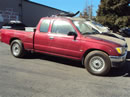 1997 tacoma 2.4 automatic 2wd ext burgandy Z14795