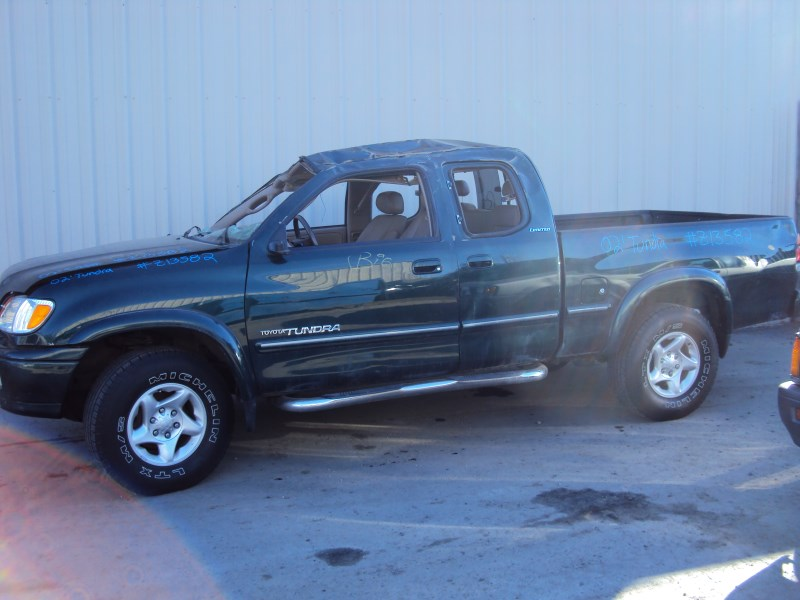2002 TOYOTA TUNDRA 4 DOOR ACCESS CAB LIMITED MODEL 4.7L V8 AT 4X4 COLOR GREEN Z13582
