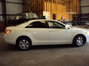 2007 TOYOTA CAMRY 4 DOOR SEDAN LE MODEL 2.4L AT FWD COLOR WHITE STK Z12310